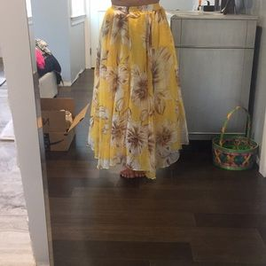 Dresses & Skirts - Yellow floral maxi skirt